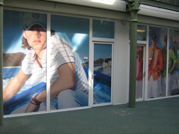 Перфо фолио за витрини