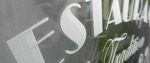 Рекламни надписи от фолио за витрини