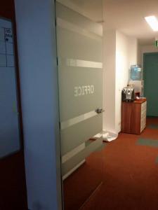 Брандиране на врати от стъкло